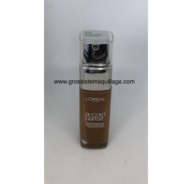 Fond de teint L'Oréal Accord Parfait n° 8N Cappuccino, en lot de 12p, neuf